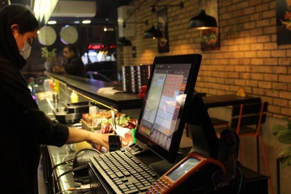 نرم افزار رستورانی باران در کافی شاپ