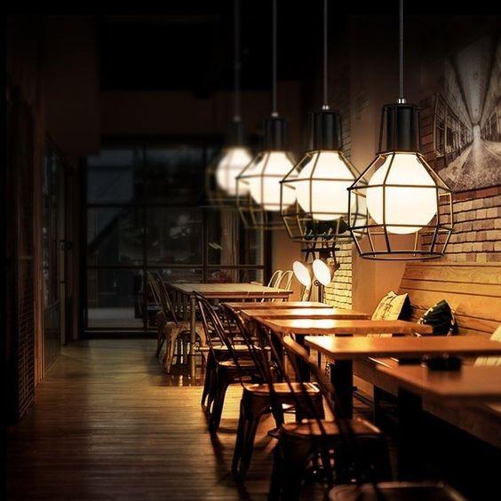 استفاده از نورپردازی خاص برای دیزاین کافی شاپ