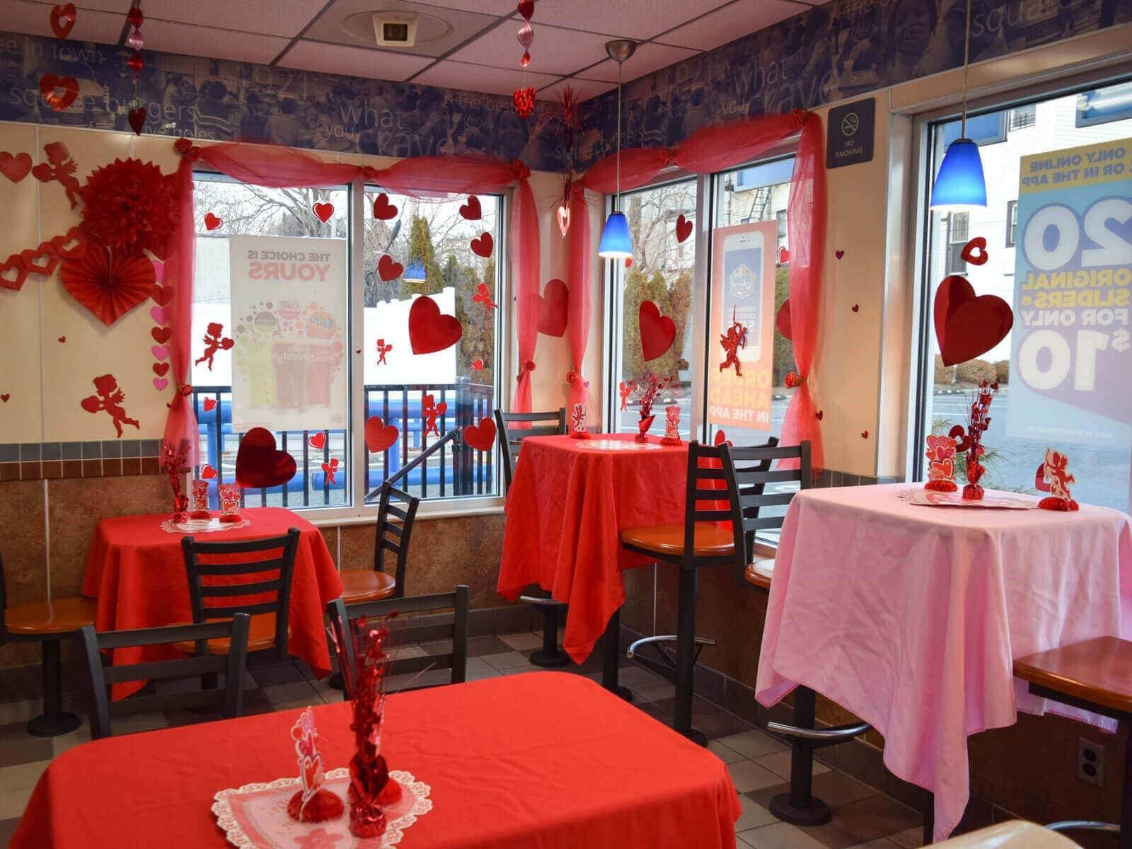 چیدمان یک رستوران به مناسبت ولنتاین