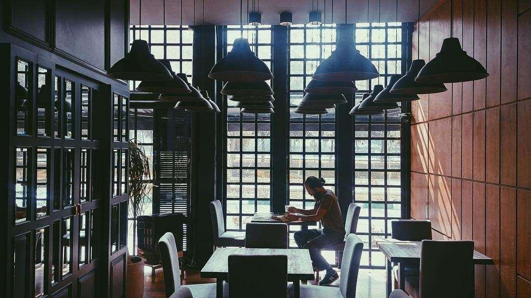 رزماری از بهترین کافه های شهر مشهد