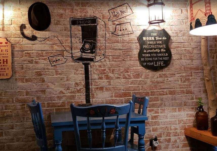 کافه کیوسک از بهترین و جذاب ترین کافی شاپ های مشهد